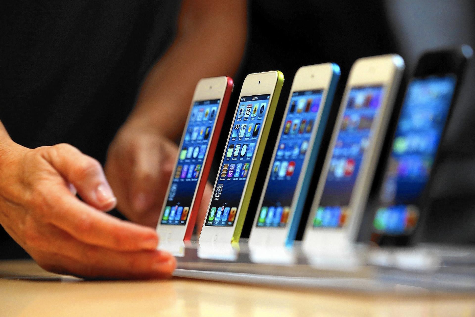 Итоги продаж на рынке смартфонов и планшетов за 9 мес 2017 года