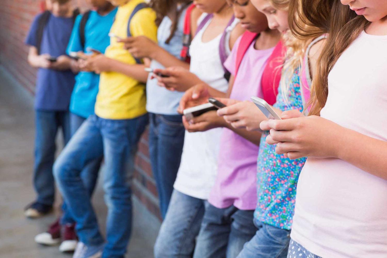 «Билайн»выяснил, какие смартфоны получили школьники перед новым учебным годом