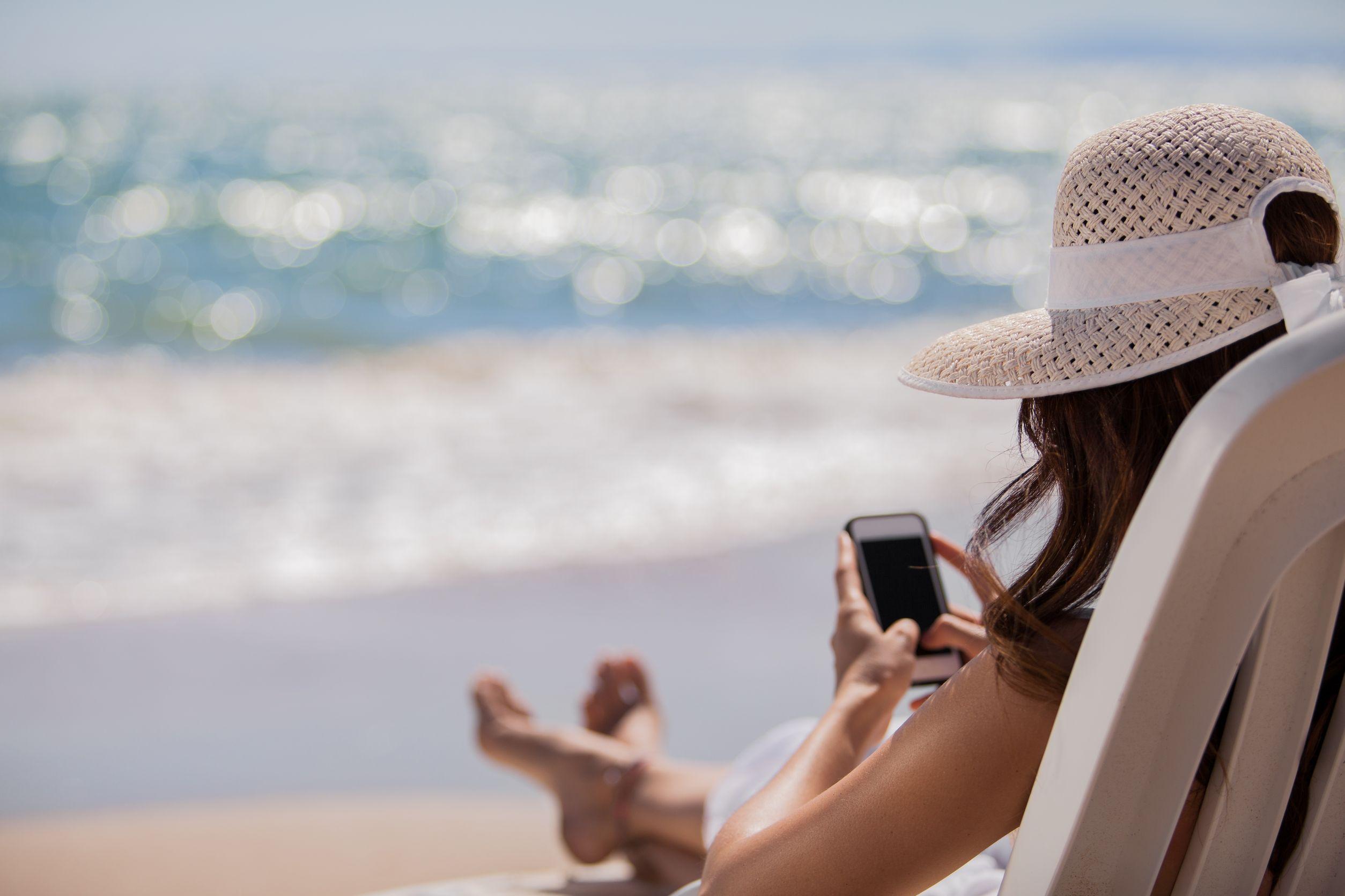 «Общественная потребительская инициатива» подозревает сотовых операторов в роуминговых уловках