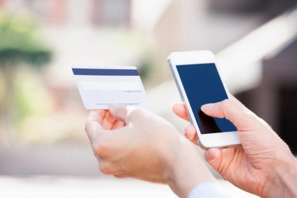 Банки и операторы связи бессильны в борьбе с подменой номеров при мошенничестве