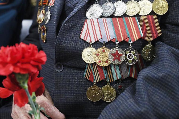 «Ростелеком» бесплатно предоставит ветеранам войны и блокадникам услуги телефонной связи