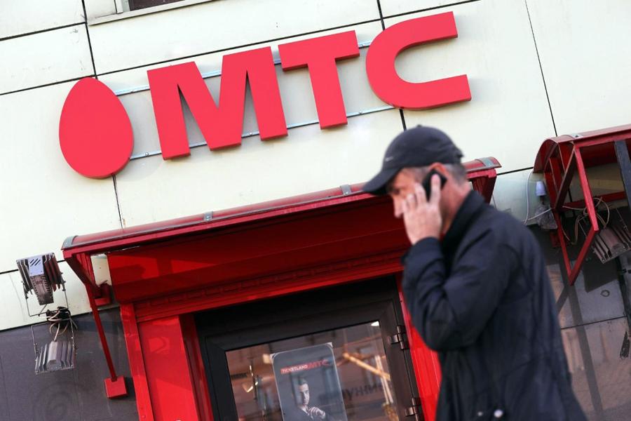 МТС разрешила менять SIM-карты из любых регионов в салонах двух столиц