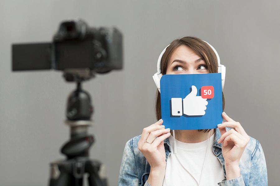 Иностранные соцсети могут обязать выплачивать налог за рекламу у российских блогеров