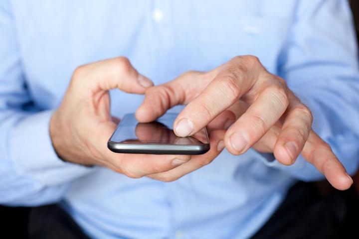 Активные интернет-пользователи все чаще выходят в сеть со смартфонов