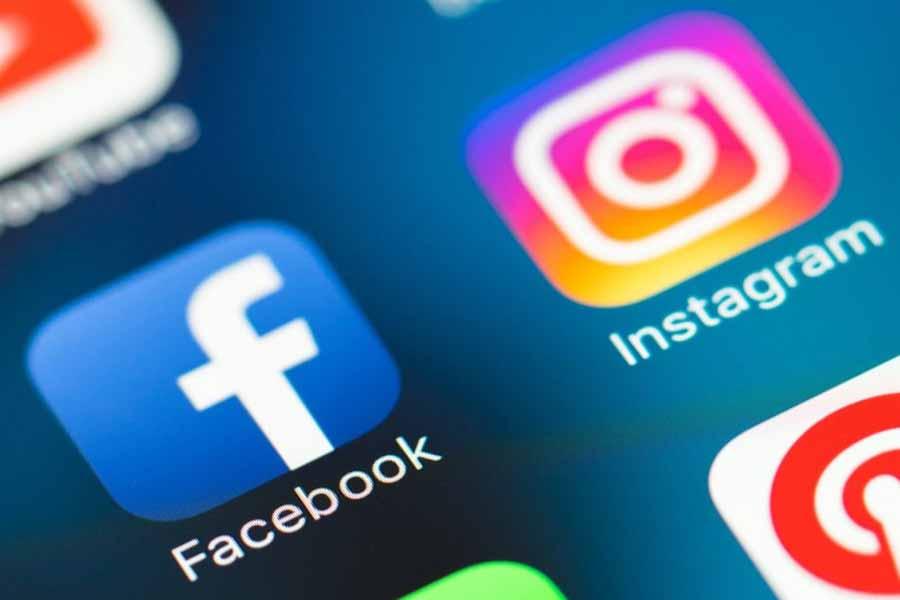 Instagram и Facebook просят пользователей разрешить слежку за ними