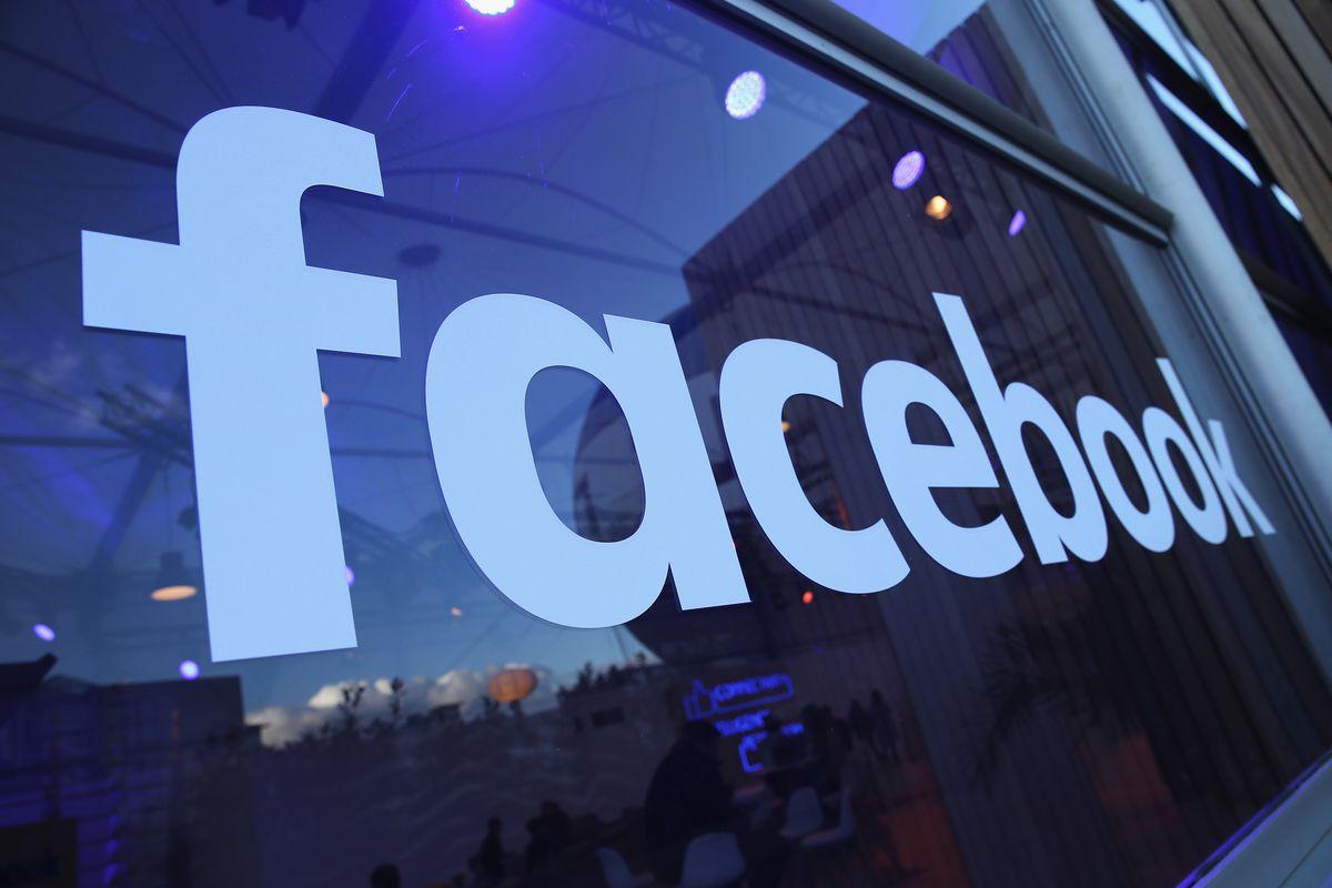 """Facebook предложила СМИ $3 млн за """"официальную"""" публикацию новостей в соцсети"""