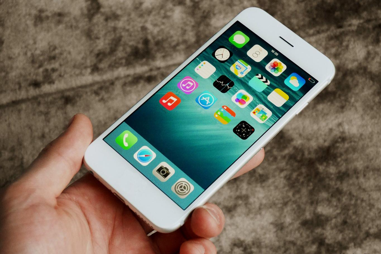 «Ростех» к 2018 году создаст «российский iPhone» стоимость $130