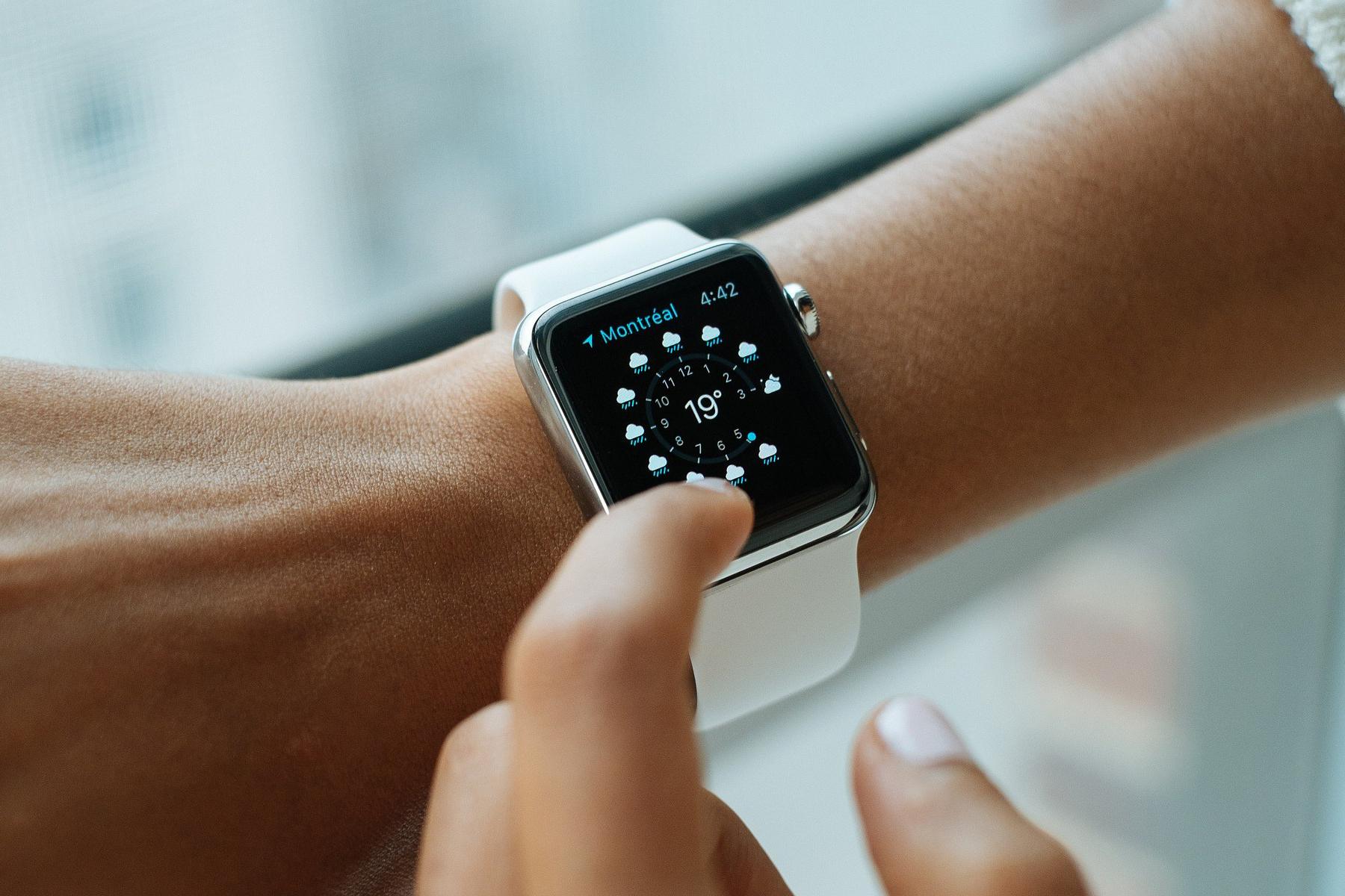 Рынок умных часов вырос на 60%