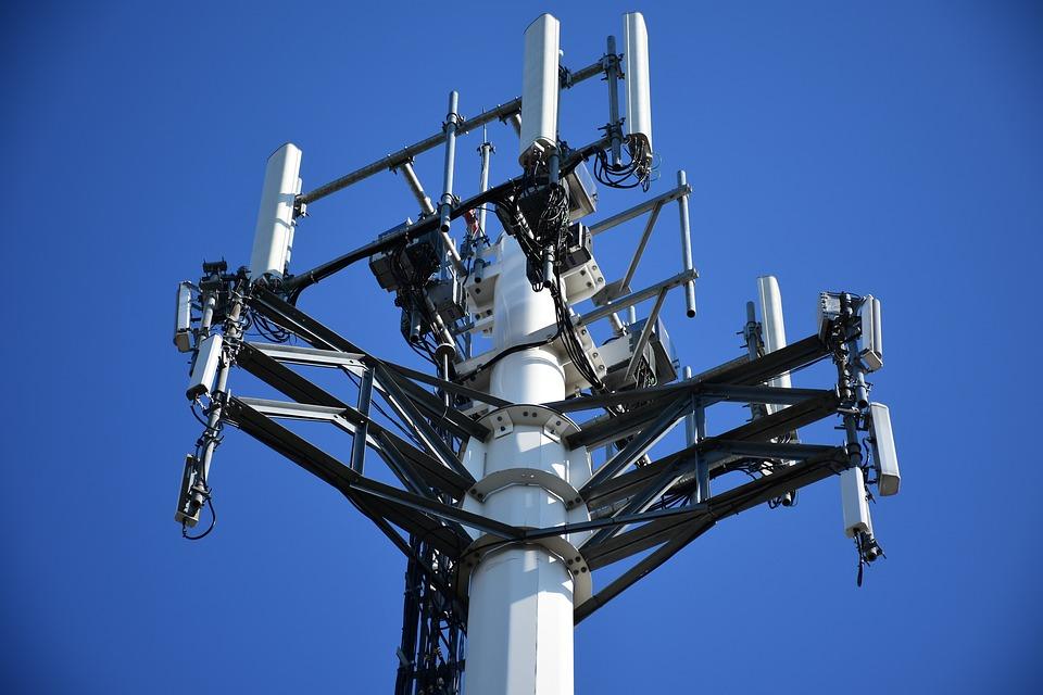 Операторы связи стали меньше нарушать при установках сотовых вышек