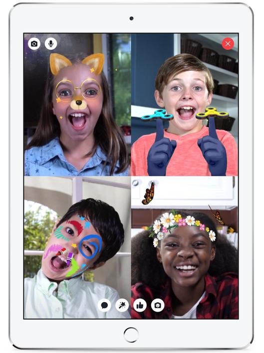 Messenger Kids маски стикеры
