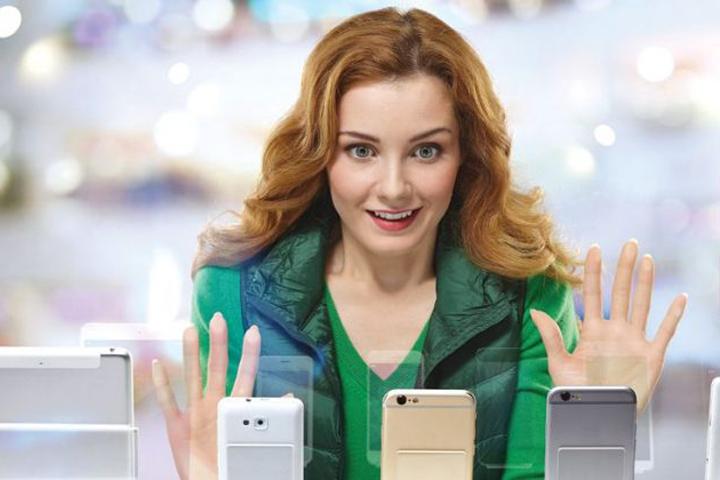 Люди стали предпочитать брать дорогие смартфоны в кредит