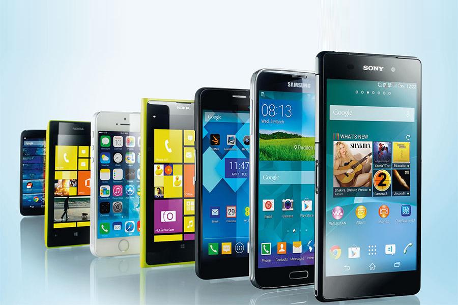 Жители РФ продолжают покупать дорогие смартфоны