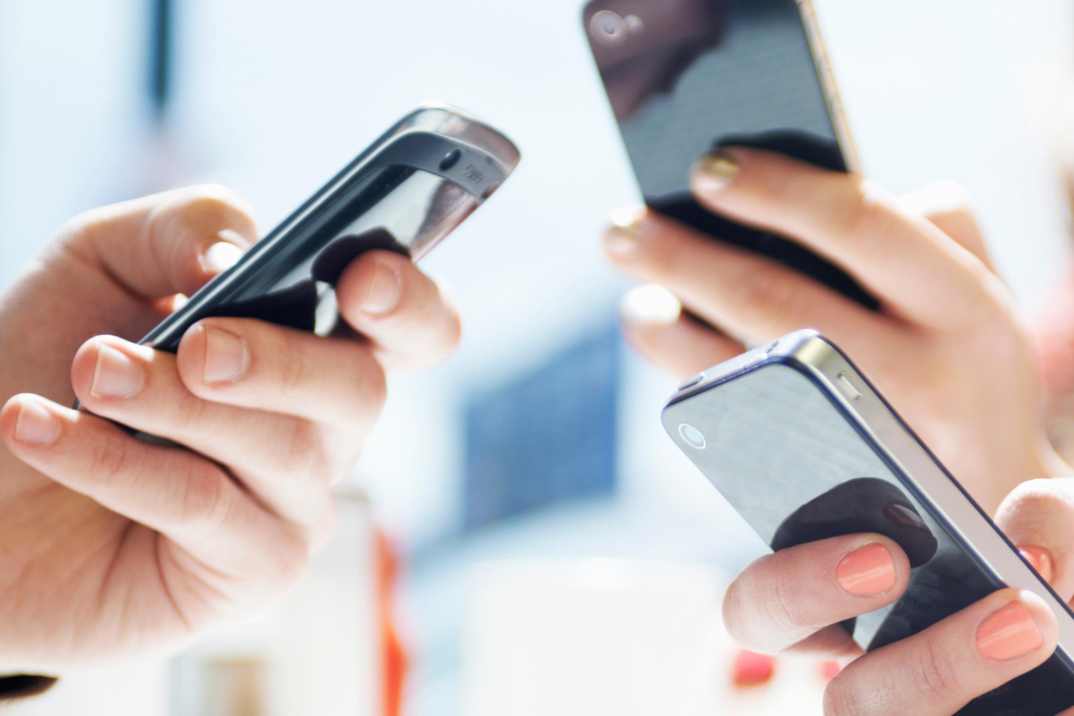 Популярные соцсети уступают мессенджерам по количеству пользователей