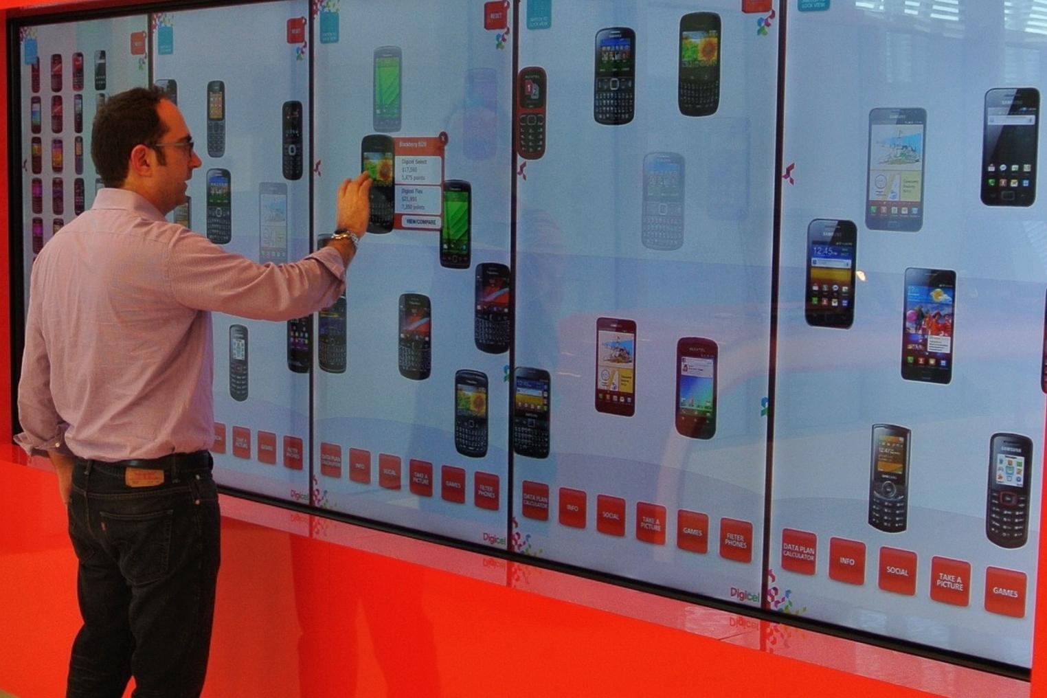 Продажи смартфонов в 2016 г. выросли на 26%, а средняя цена на 21%
