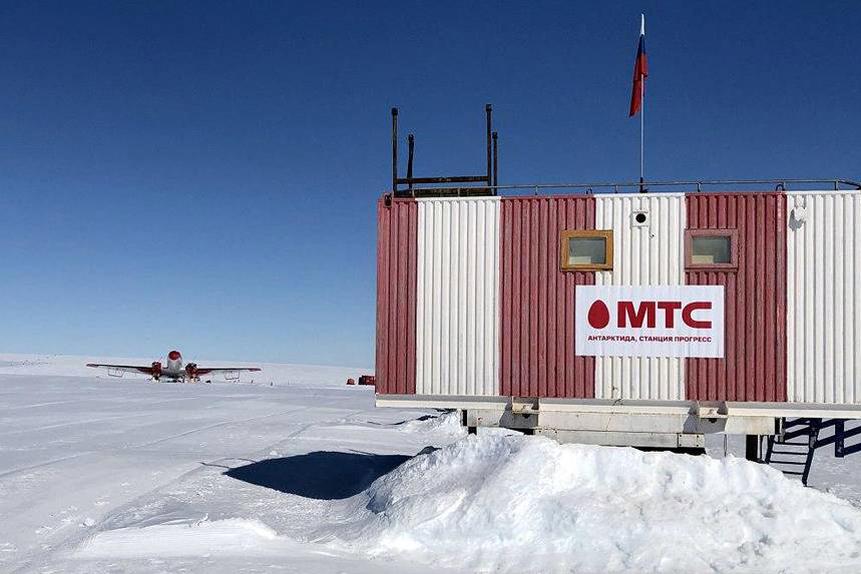 В Антарктиде впервые запустили сотовую связь