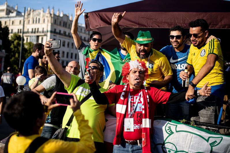 Иностранные болельщики в Москве: что, как и где качают гости Чемпионата мира по футболу?
