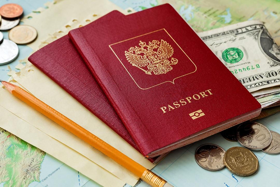 МТС дает советы как избежать лишних расходов на связь в поездках по России и за границу