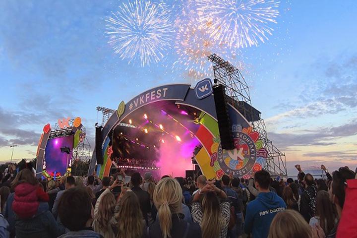 VK Mobile официально запустили на фестивале VK Fest в Петербурге