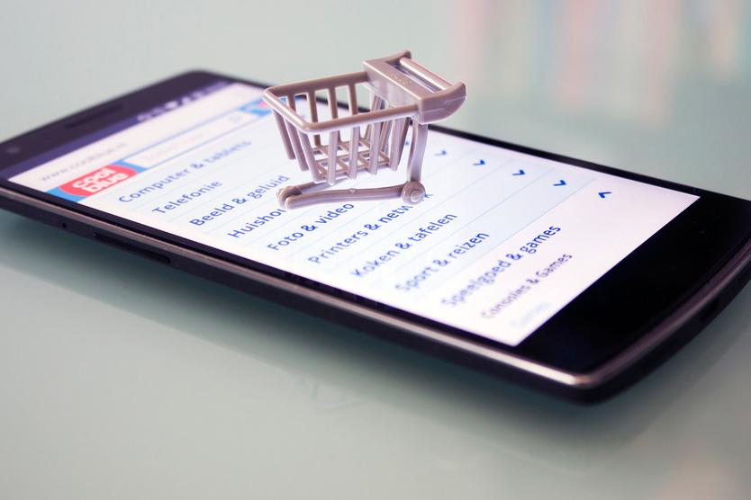44% жителей России совершают покупки посредством смартфона