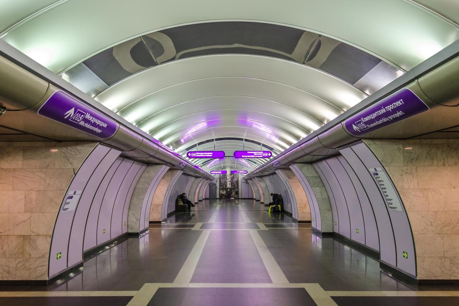 В метрополитене Санкт-Петербурга появилась бесплатная Wi-Fi-сеть
