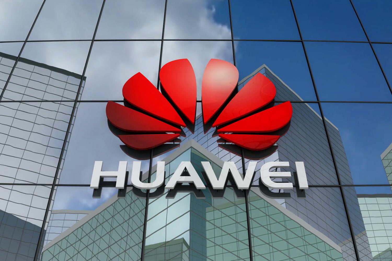 Смартфоны Huawei остались без Android