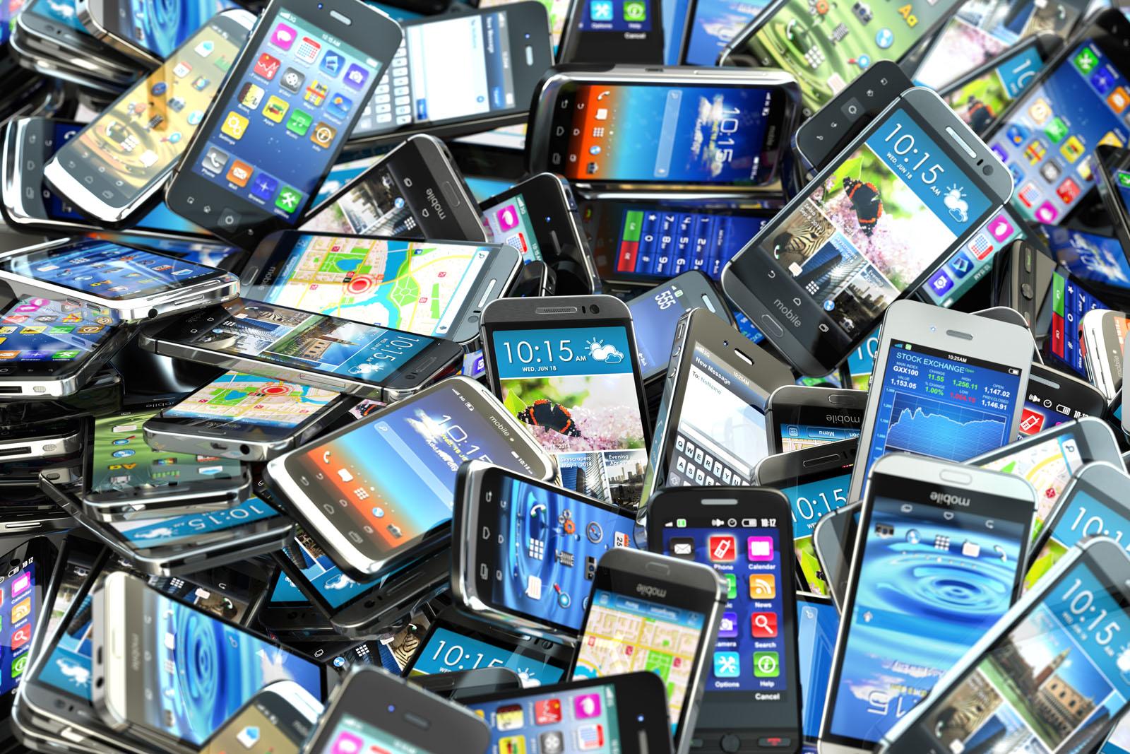 """В России будут блокировать """"серые"""" и краденные смартфоны"""