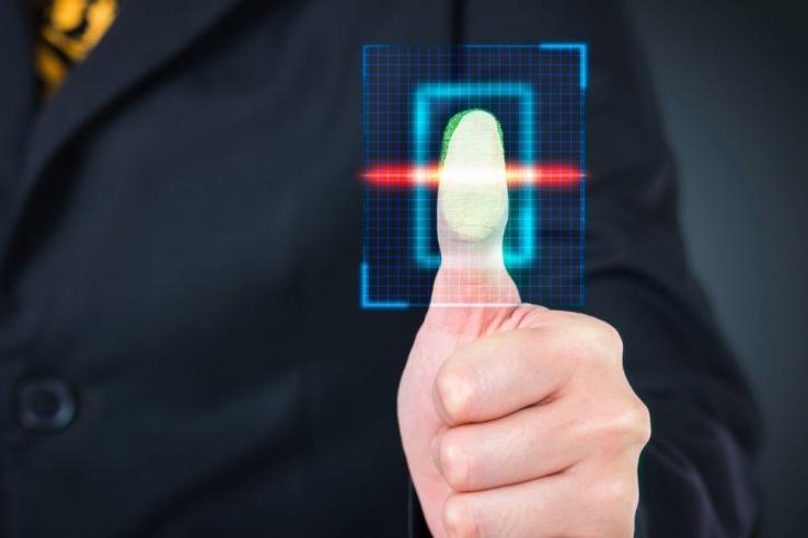 Власти России через «Ростелеком» будут собирать биометрические данные граждан