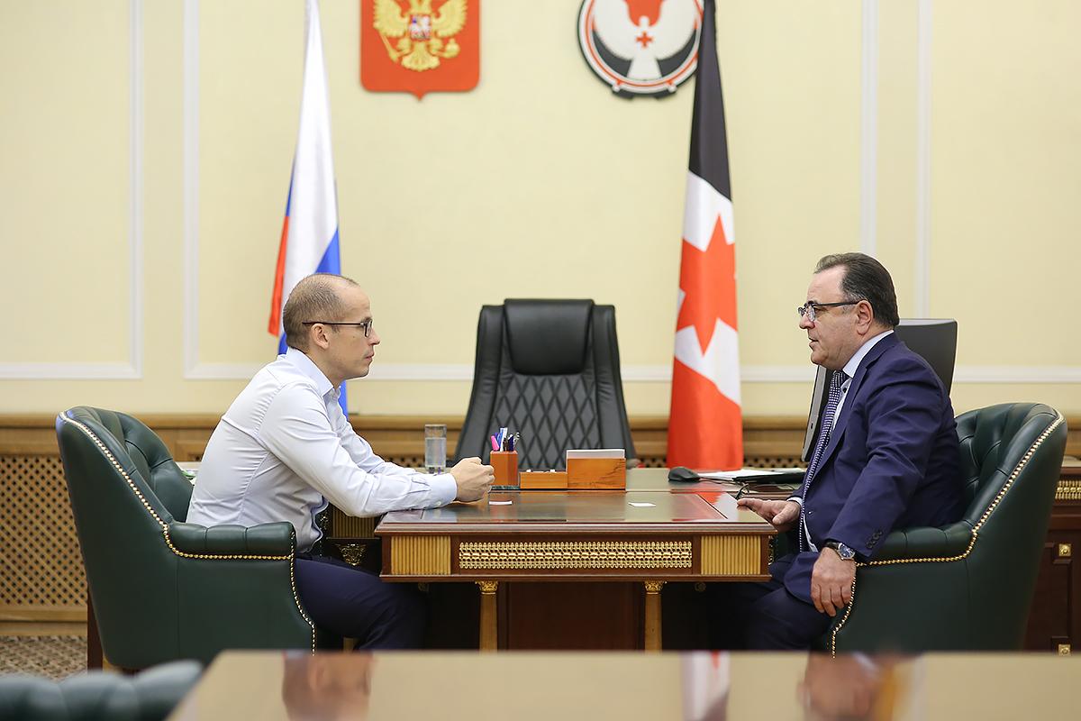 НАЗВАНИЕ Александр Бречалов и Сергей Буланча. Соглашение